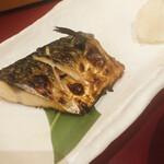 五穀 - 料理写真:焼き鯖