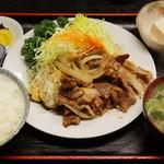 太田や食堂 - 牛焼肉1000円