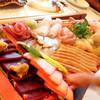 羅臼の宿 まるみ - 料理写真:お刺身舟盛り