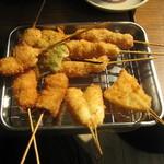 丸勘 - 串揚げ(ホタテ・アスパラ・串カツ・牛肉・キス)