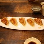 みかづき - 松坂ポークと香箱蟹のプレミアム餃子