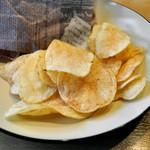 サンテリア - 添えられているチップス