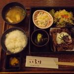 いろり - ランチ(牛肉しぐれ煮)