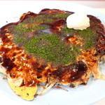 ビオレ - 料理写真:「お好み焼き ブタ玉」(616円)