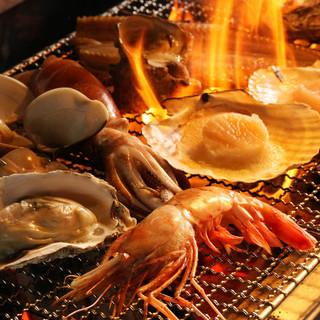 【自慢の炭火焼】旬にも鮮度にもこだわった食材の味わいが活きる