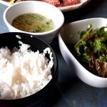 120048273 - 前沢牛味くらべ(4380円) ご飯・スープ・サラダ