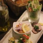 カカ - 料理写真:前菜