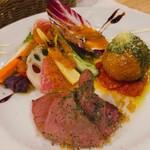 霜降りハンバーグとステーキの店 鉄重 - コースの前菜2品と有機サラダ