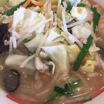 幸楽苑 - 料理写真:野菜塩タンメン 640円