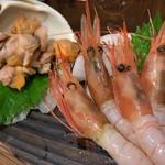たの平亭 刺身専門店 - 赤貝の肝と甘えび