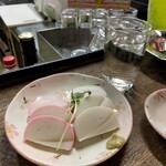 新川屋酒店 - 料理写真:板わさ