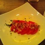 LA TEPPARNYA - アンチョビとトマトのサラダ