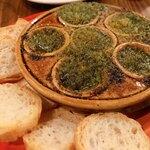 ビストロ カンパーニュ - ブルゴーニュ風エスカルゴの香草焼き 1,280円