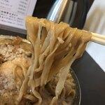 120081537 - メンマ中華@1,150円 大盛+100円(油入れ)の麺