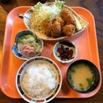 かど柳寿し - 料理写真:かきフライ定食