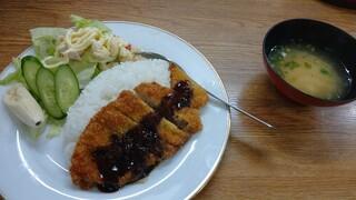 仁多和 - カツライス(卓上のトンカツソースをかけました)