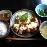すみれキッチン - チキン南蛮定食