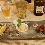 小さな宿&レストラン しいの木やま - 自家製ベーコンときのこのキッシュ 南伊豆産カワハギのカルパッチョ 伊豆鹿の紅茶煮いちじくのコンポート添え