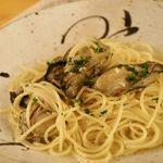 小さな宿&レストラン しいの木やま - 気仙沼唐桑産牡蠣のペペロンチーニ