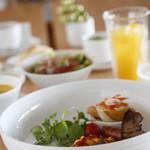 アリタハウス - 朝食にはドリンク&パンビュッフェが付いています。
