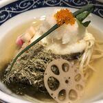 寿製麺 よしかわ 川越店 - 鱈の天ぷら、レンコン、大根おろしなど(「むぎくらべ」出店)