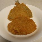 柳生精肉店 - 料理写真:メンチとアジフライ
