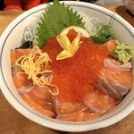 120115064 - サーモンいくら丼 2019.11
