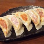 麺工房 武 - 手作り焼餃子(5個300円)