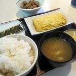 厨・駅さいど - 朝定食基本セット250円・玉子焼き200円・筑前煮150円、計600円
