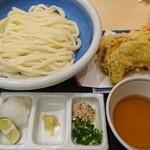 本格手打 もり家 - もり家の天ぷらセット うどん醤油