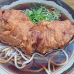 弥生軒 - 唐揚げ(一個)蕎麦