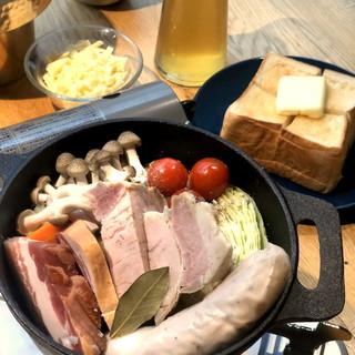 ブッチャーズ特製★コクと旨味たっぷりの『ビール鍋』
