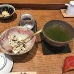 小柳寿司 - 料理写真:イクラが食べれないとワガママ言ったら代わりに渡り蟹を出してくれました!