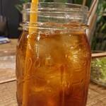 キッチネッテ - ランチセットのウーロン茶