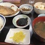 乙姫 - 煮魚定食 ¥1100(税別)