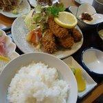 渡辺鮮魚 - カキフライ定食