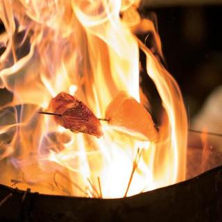 名物『藁焼き』『炉端焼き』