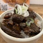 麺や 七彩 - チャーシュー丼