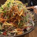 沖縄ダイニング 琉歌 - サラダの量!