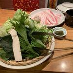 酒と料理のなつ - 鍋の具材