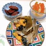 120200275 - 上海ガニのシェリー酒漬け・ピーカンナッツの飴炊き・クラゲとザーサイのいくら老酒和え