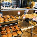 夢パン工房 - 総じてお惣菜パンやおやつパンが多いイメージです ヽ(´▽`)/