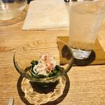 120202366 - 蟹と春菊の土佐酢浸し&芋焼酎ソーダ割り