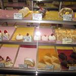 山長 - ケーキもたくさん!