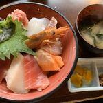 120214312 - 海鮮丼 980円税別