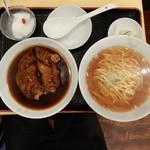 120225183 - 徳記豚足麺はメインに 杏仁豆腐も付いています