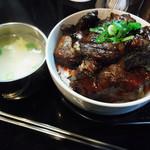 つるはし亭 - カルビ丼 大盛り 600円