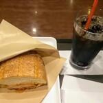 サンマルクカフェ - 熱々ホットサンドモーニング チーズタッカルビ、アイスコーヒーS
