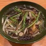 120247271 - 沢煮椀。10種類の山菜とキノコを昆布出しに濃くを出す為に豚の背油を入れて仕上げる。すっごく健康的な逸品。