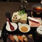 ゆず庵 - お寿司とうどんすき鍋(税込)1,078円 ※届いた直後(2019.11.22)
